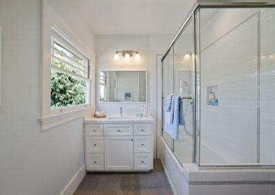 Bath 2 1146 Spruce